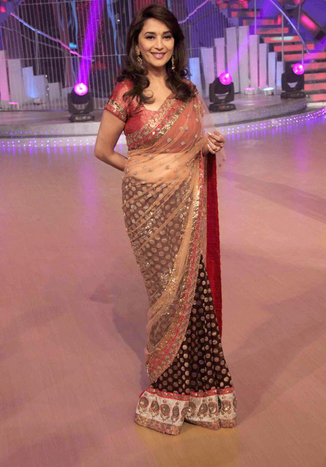 Madhuri Dixit Hot Scene - YouTube