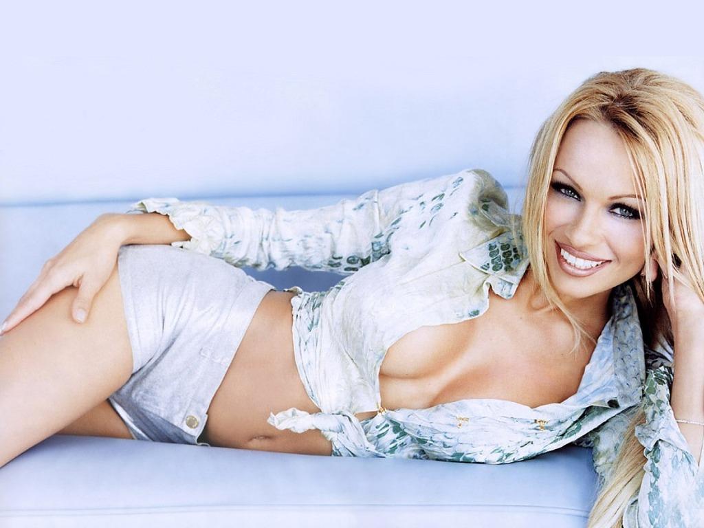Pamela Anderson wallpaper