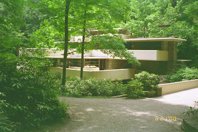 Falling Water | Frank Lloyd Wright | Falling Water | Frank Lloyd Wright Houses | Frank Lloyd Wright Falling Water