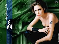 Angelina Jolie has one child.