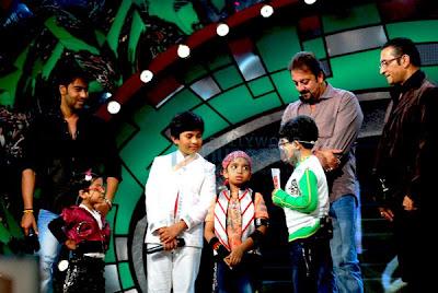 Ajay Devgan, Afsha , Dhairya, Sanjay Dutt, Abhijeet