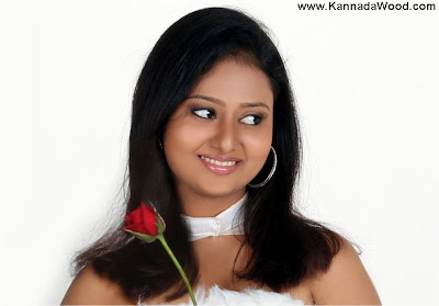 amulya is not from filmy background
