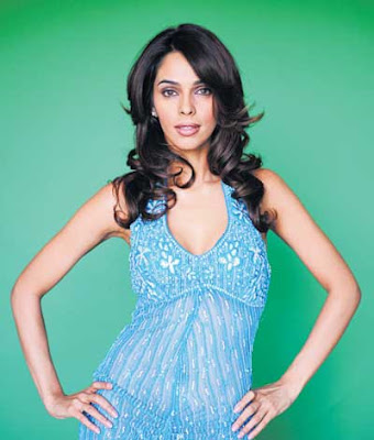Mallika has replaced vidya in film 'Dhamaal 2'