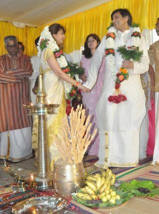 hot on internet shashi tharoor amp sunanda pushkar marriage