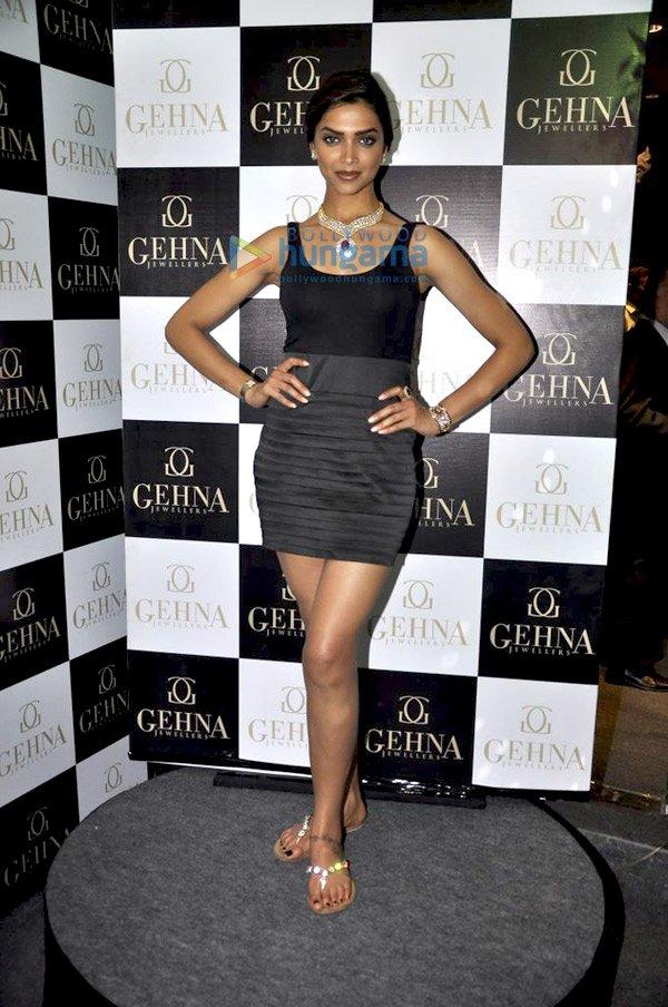 Deepika Padukone inaugurates Gehna Jewellery Store