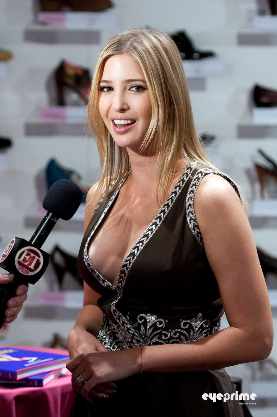 Wallpaper World: Sexy Ivanka Trump hot Cleavage wallpaper. Ivanka Trump