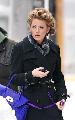Blake Lively in curls on the set of