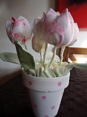 los tulipanes rosas