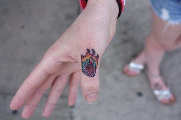Finger and toe tattoos look awesome, but because of the positioning they may