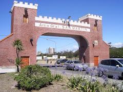 Arco Gral. San Martín (Miramar)