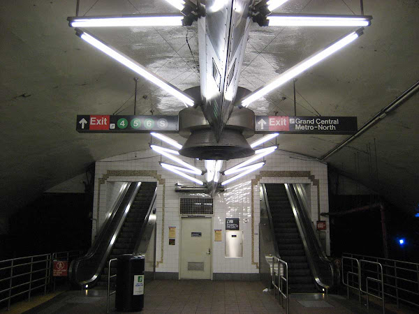 Grand Central Lights - On the 7 Train platform.