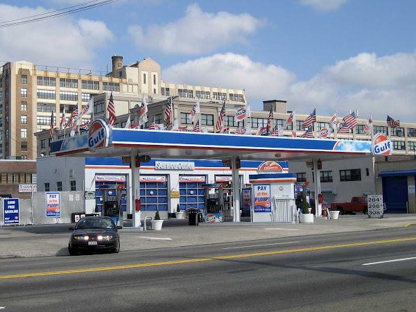 Gulf War Flags - On Van Dam in Queens.