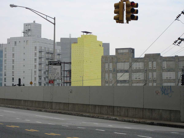 Yellow Queens 2 - From Thomson Ave. over the LIRR tracks in Queens.