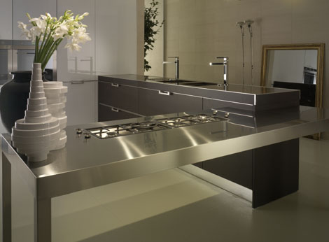 Elegant-kitchen-with-dark-gray-silver-countertop-sink-and-mirrors