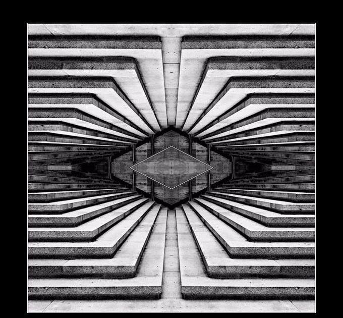 vobody symmetrical and asymmetrical balance. Black Bedroom Furniture Sets. Home Design Ideas
