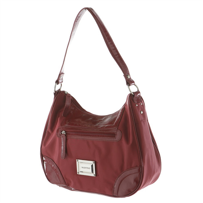 Valentino red bag : 62 €uros