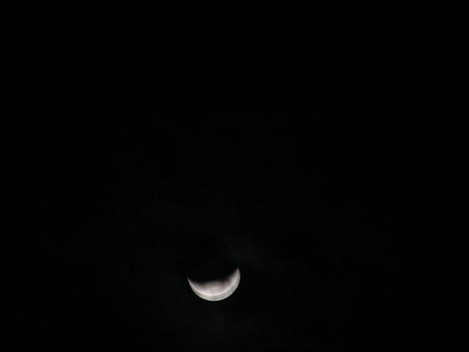 La Luna en seg regresa a su forma original cuarto???  09/01/2010 sec