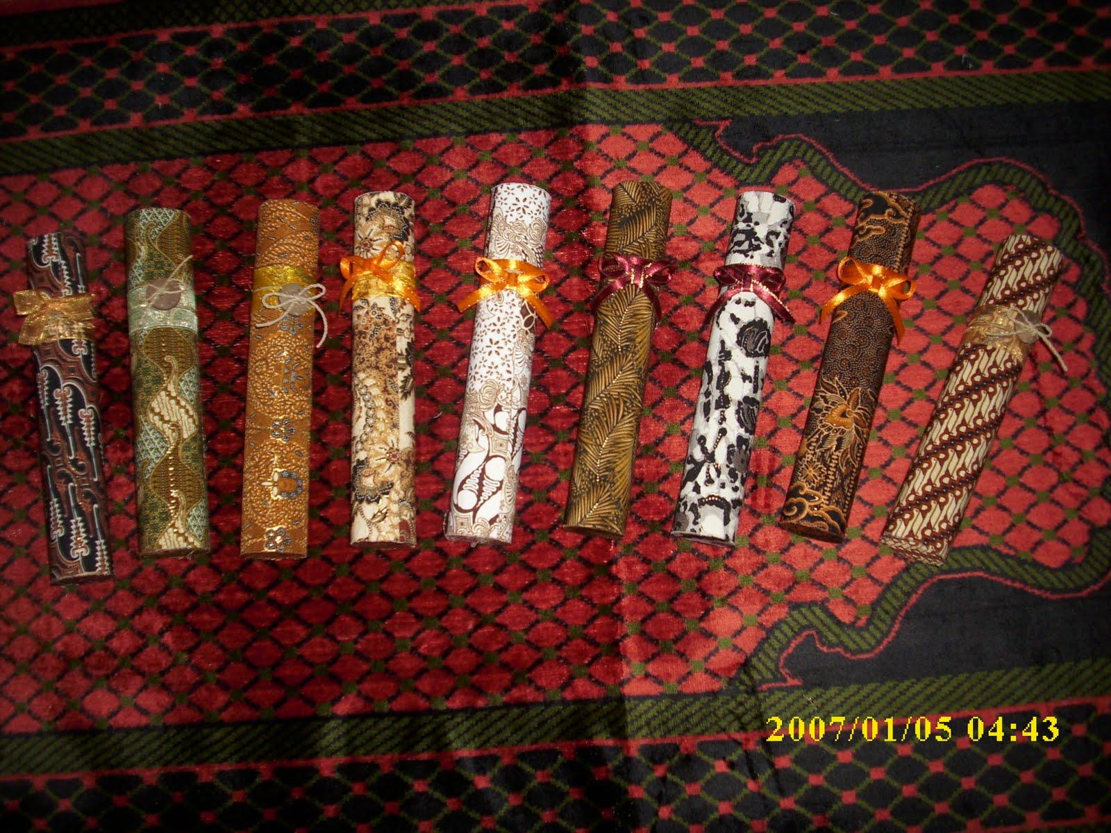 aneka undangan batik motif khas Pekalongan