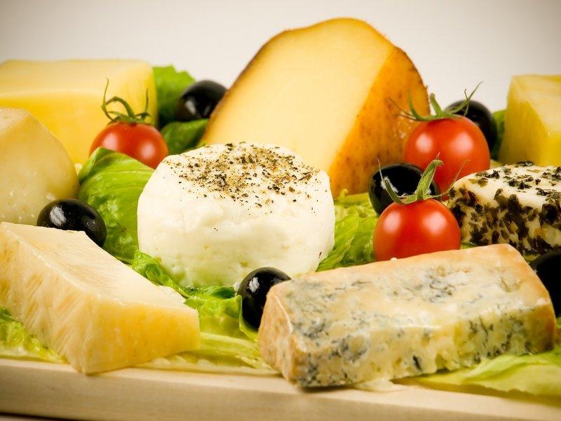 Торговый бойкот: ЕС рассматривает меры помощи производителям сыра