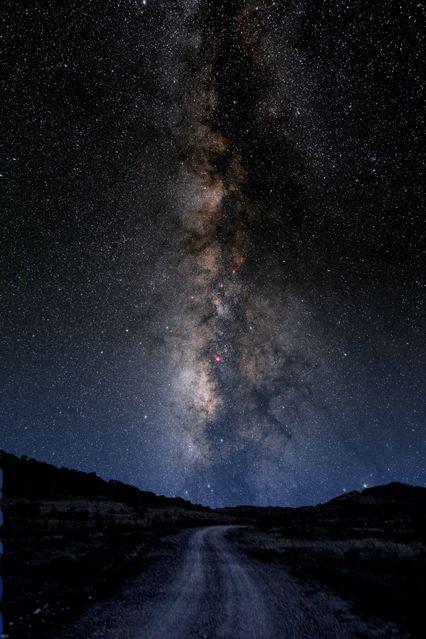 http://2.bp.blogspot.com/_Jg2iaWwTXsM/TJRE0a5CviI/AAAAAAAABZY/uL6C12L_kFI/s1600/milky-way-galaxy-2%5B1%5D.jpg