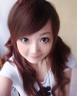 http://2.bp.blogspot.com/_JhwI4VZwM9w/ScsGokRumdI/AAAAAAAAAMA/kMNrAqHFqNs/s320/asian-emo-girl7.jpg
