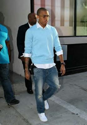 Chris Brown Dress Games on Chris Brown Z Sweater Game Iz Beatin Em  No Pun Intended