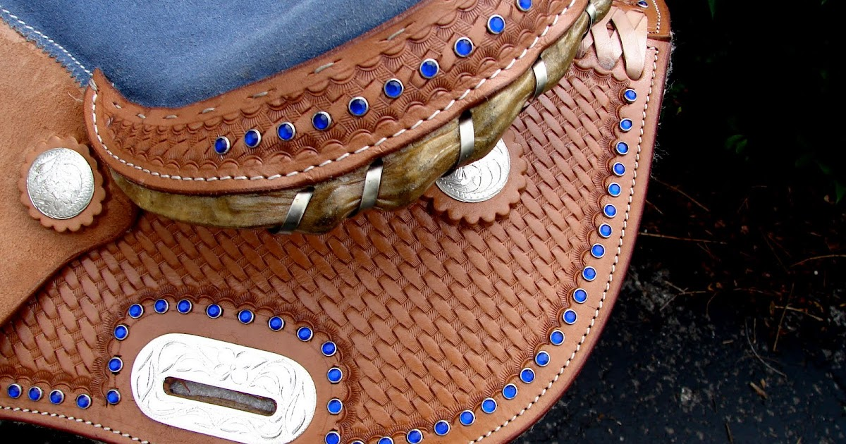 Natural Colored Leather Western Saddle