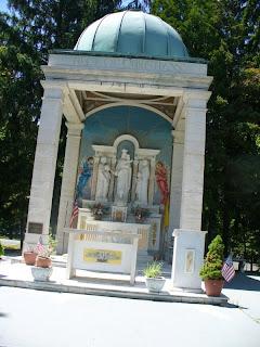 Ourdoor Altar