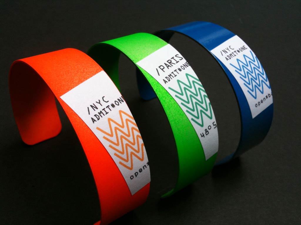 Solarek Studio Aluminum Vip Party Bracelet With Global
