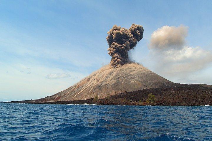 Carita Krakatau - Adventure
