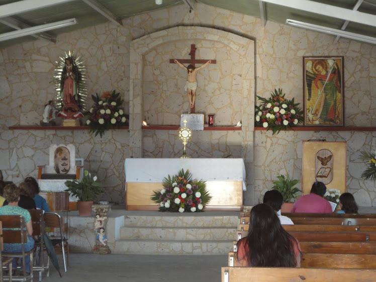 interior templo parroquial