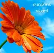 http://2.bp.blogspot.com/_JqwNnt7rSW8/S2R8AqMxkBI/AAAAAAAAF9E/29u53m-ybO8/S220/sunshine+award.jpg