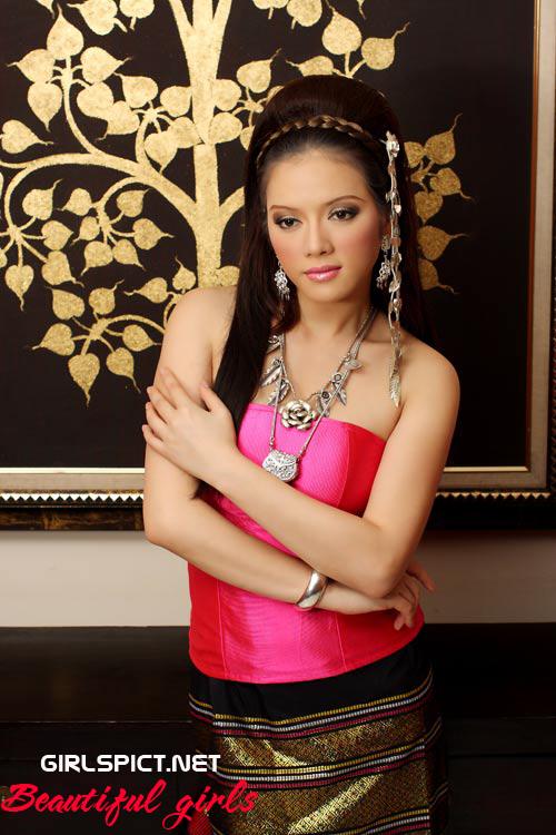 Vietnamese Models: April 2010