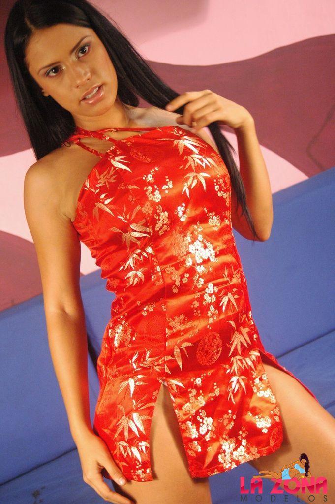 Andrea rincon selena spice galeria 1 traje oriental for Selena spice