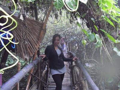 Ugnayan bridge tam-awan village