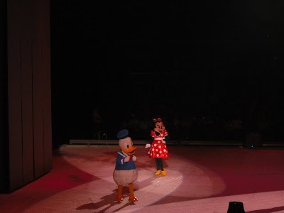 Disney on Ice: Donald and Minnie
