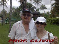 Professor Clívio e a esposa Isis
