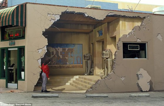 Amazing 3D graffiti murals by John Pugh.