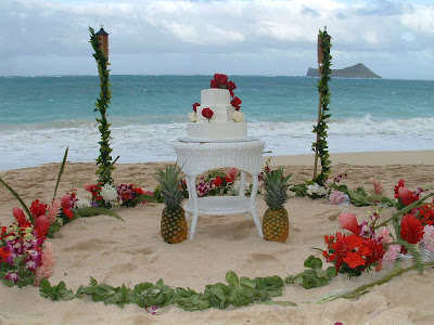 7 Ways Of Using Flowers At Your Beach Wedding