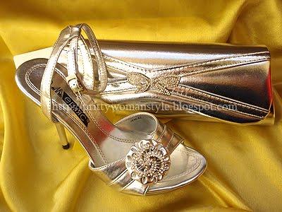 златни сандали с чанта