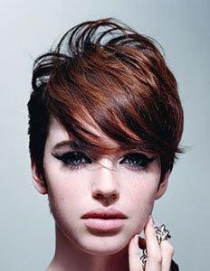 къса коса прически с бретон