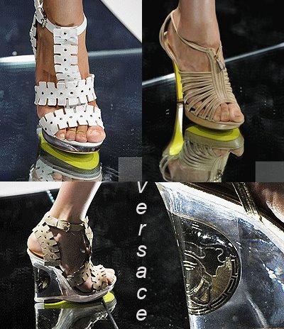Атрактивни дамски сандали на платформа Versace