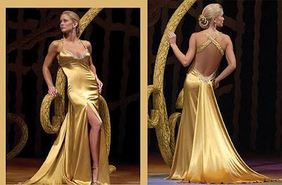 Бесподобный разрез спереди - изюминка платья.  Коллекция.  Контакты.
