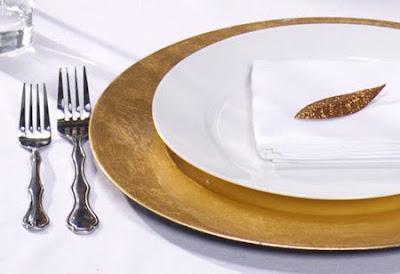 украса за маса в златно и тъмносиньо