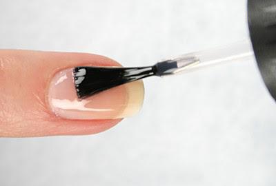 лак за нокти - основа