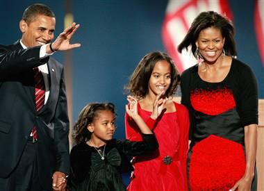 [081104-obama-family-hmed-915p.h2]