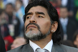 Maradona dejo de ser el dt de argentina - Maradona, grondona, afa, futbol, seleccion