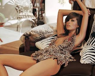 hollywood actress Megan Fox sexy