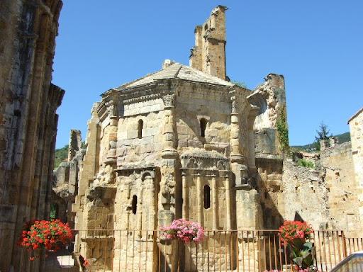 http://2.bp.blogspot.com/_K2hra4zWFec/SJgmB5PcFKI/AAAAAAAACGE/DfjzTyOktO0/s512/Alet-les-Bains_abbey_6-759471.JPG