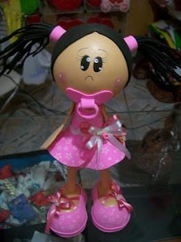Menina de Chupeta